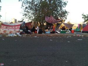 TKI overstay di Mathor Qadim Membuat Tenda-Tenda
