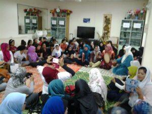 Kegiatan Buka Puasa Bersama di Shelter KBRI Singapura (dokumentasi Atien Suwito)