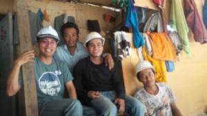 Ridwan Wahyudi, Pegiat Serantau, Saat Menggunjungi Pekerja Sawit di Malaysia