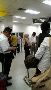 Menteri Jonan dan Menteri Rizal Saat Memantau Arus Mudik di Johor